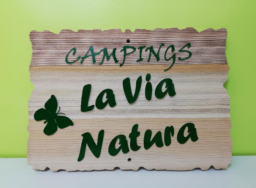 entrée de camping en red cedar sablé